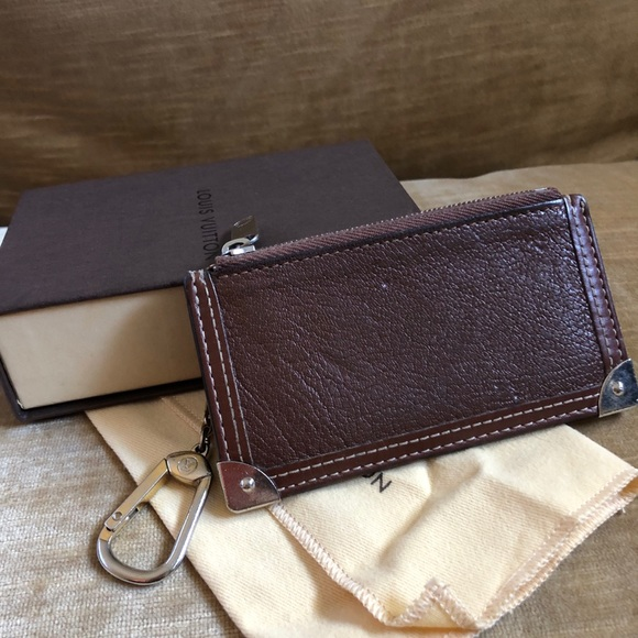 Louis Vuitton Suhali Key pouch in Tobacco leather